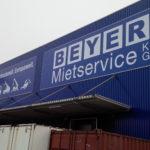 Fassadenbanner aus PVC Plane für BEYER Mietservice