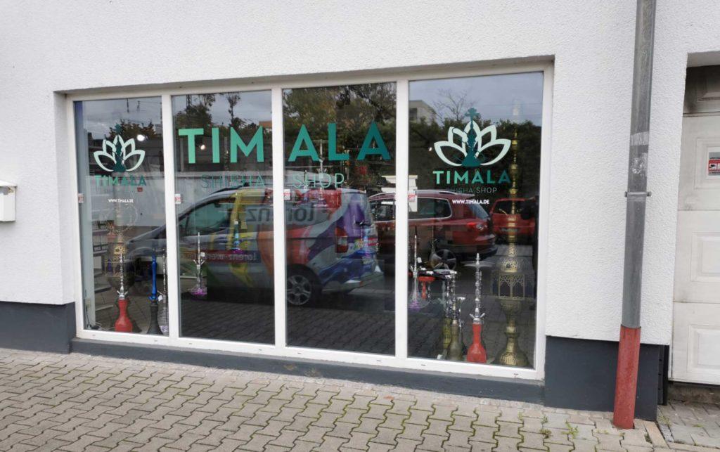 Ansprechendes Logo - Foliendruck im Digitaldruck - Beklebung des Schaufensters in Raunheim