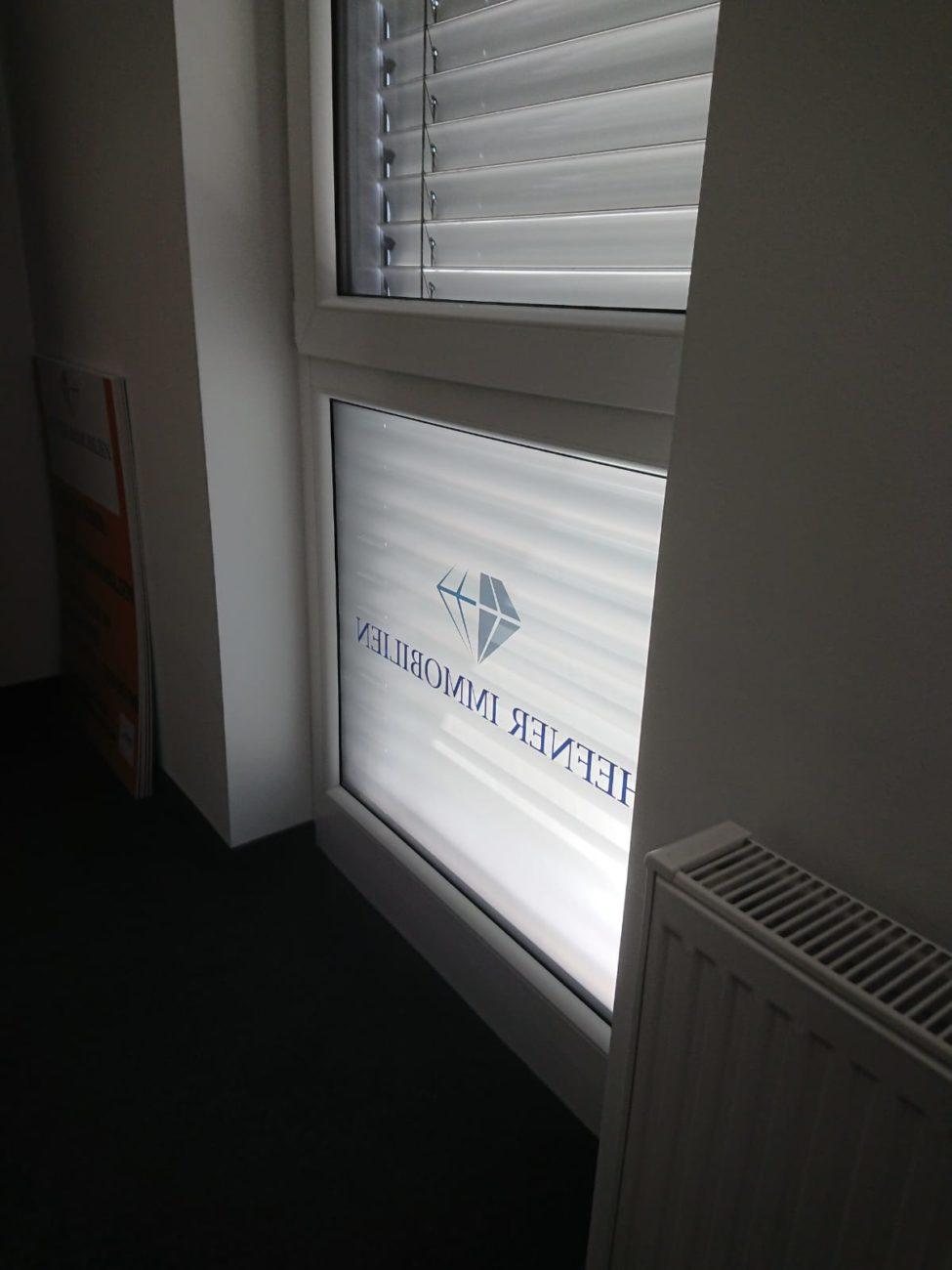 Sichtschutzfolie für Hefner Immobilien