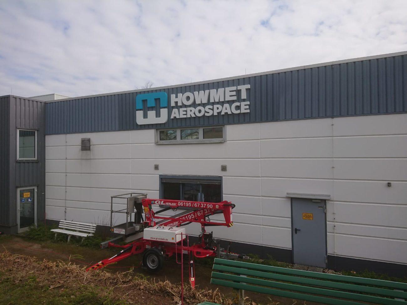 3D-Buchstaben unbeleuchtet in Frankfurt für Howmet Aerospace