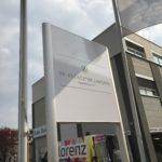 Werbepylon für Hautarztpraxis Dr. Becker & Dr. Langer